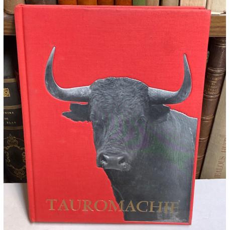 Tauromachie. Biographie d'une course. Photographiée par Juan Gyenes. Redije et commentée par… Préfacée par Juan Belmonte.