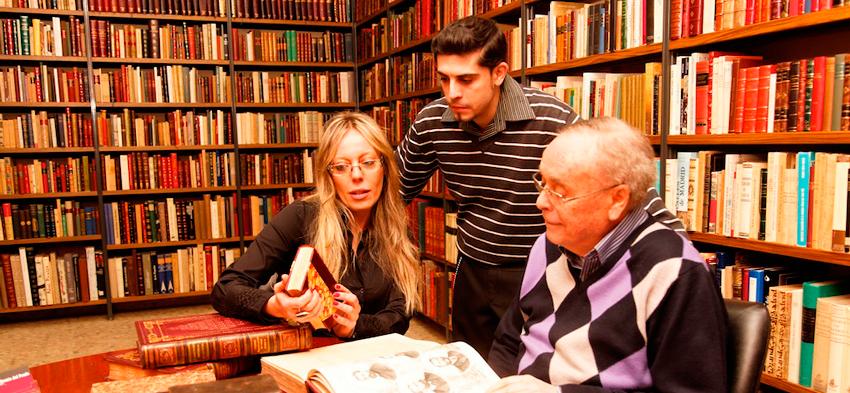 Librería de libros antiguos Madrid calle del Prado 5